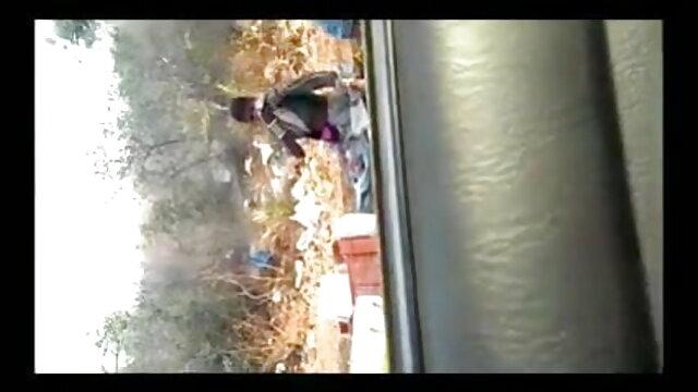 Devachan જાંબલી panty સેકસી ફીલમ વીડીયો હાજરીમાં એક દંપતિ છે, અને આનંદ તેમની કાર માં આ કાર.