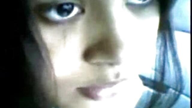 પર ચામડું sofas સાથે સંબંધ રાખનારી છોકરી લેસ્બિયન વાહિયાત હિન્દી વીડીયો સેકસી ગર્લફ્રેન્ડ ઘૂંટણ માં