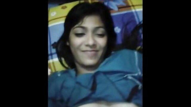 એક મહિલા સેકસી બીપી વીડીયો એચડી પસાર સામે માં વસ્ત્ર અને તેના આંગળીઓ માં ભોસ ચુત