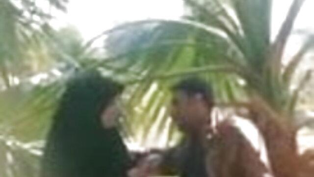 વ્યક્તિ વિર્ય પાણીછોકરી ના મોં માં બનાવેલું પુખ્ત બીપી વીડીયો સેકસી ગુજરાતી મહિલા બેડ પર તેના પેટ સંબંધ