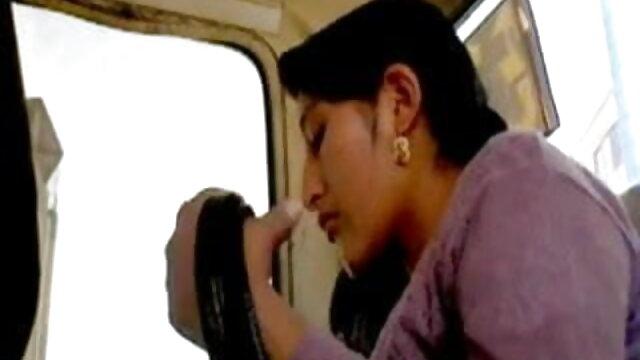 કાળા બીપી સેકસી વીડીયો પિચર વાળ વાળી છોકરી સાથે overgrown દુર્બળ ભોસ ચુત બેડ પર